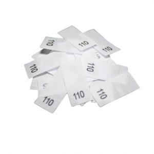25 Textiletiketten - Größe 110 auf Mischband