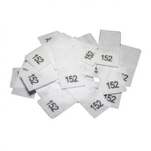 25 Textiletiketten - Größe 152 auf Mischband