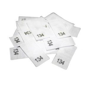 25 Textiletiketten - Größe 134 auf Mischband
